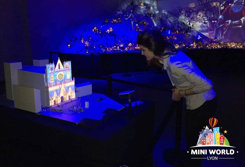 Mini World à Lyon Vaulx-en-Velin / Visiteur
