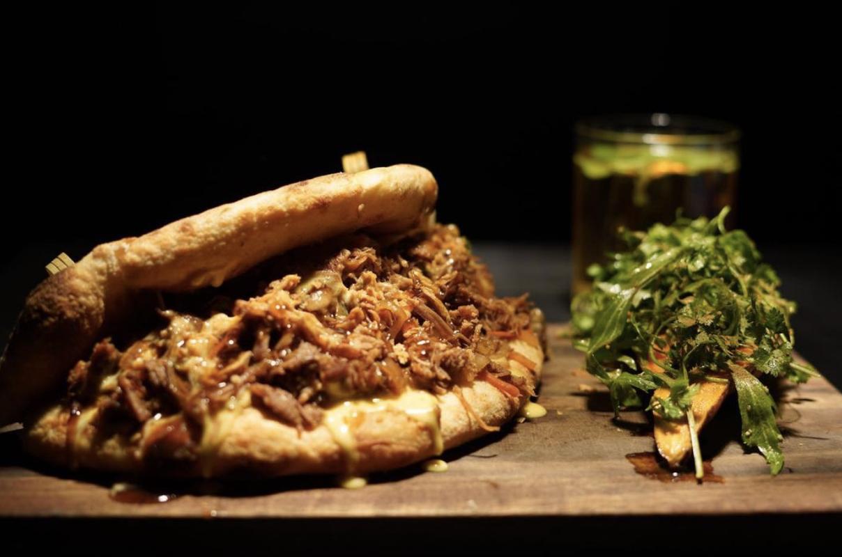 Kebab au canard confit en édition limitée en janvier par Ephemera Restaurant